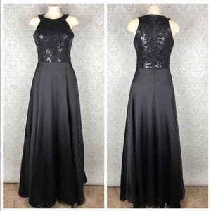 $200 NWT Black Formal Sequins Dress size 2